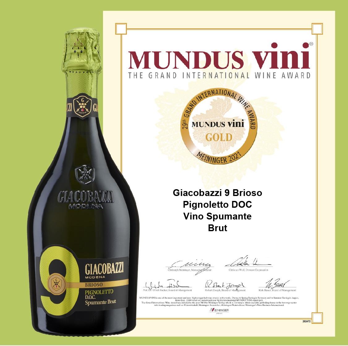 scopri le nostre bottiglie in edizione limitata che celebrano il Modena F.C.